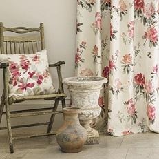 5-waterperry-fabrics-carousel-vases-garden