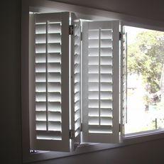 Bifold shutters
